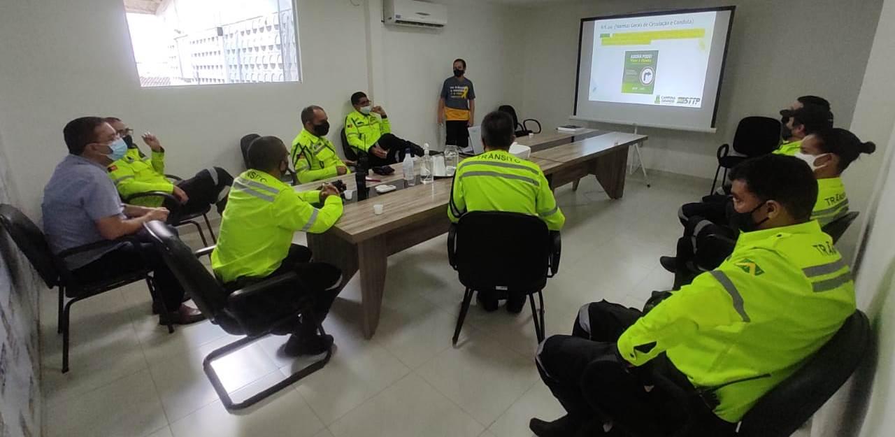 Agentes da Prefeitura Municipal recebem capacitação sobre novas alterações no Código de Trânsito Brasileiro